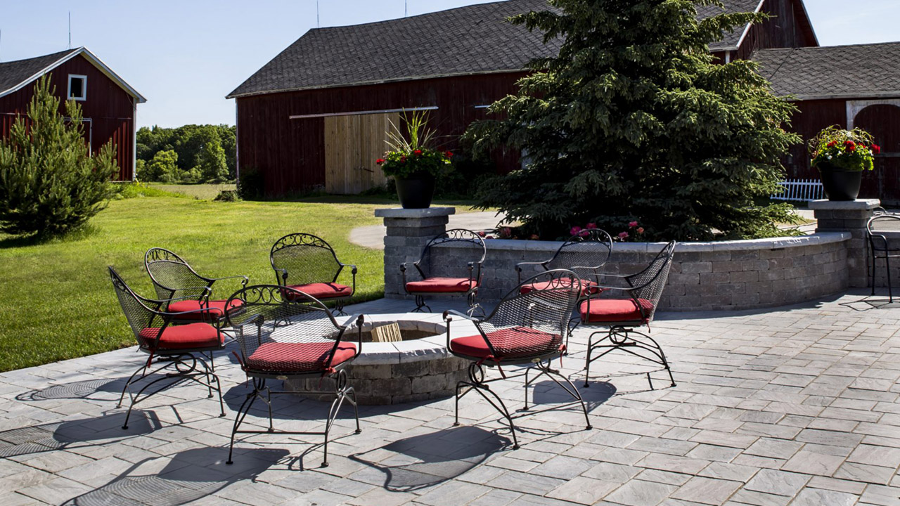 Updated Farm House Meets Luxurious Patio Space